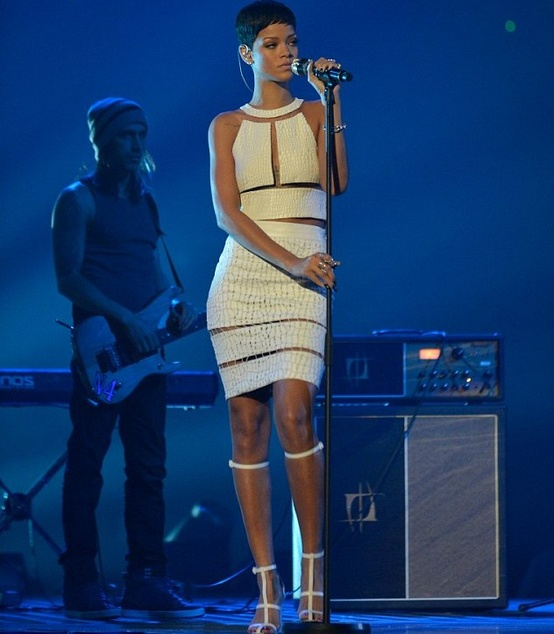 rihanna-white-dress-alexander-wang
