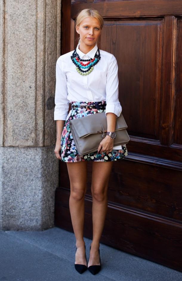 statement-necklace-stockholm-street-style-multicolor-beads-fashion-week-zara-heels-floral-print-a-line-full-skirt-celine-clutch