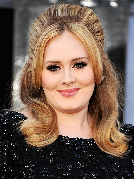 adele-oscars-2013-hair-makeup