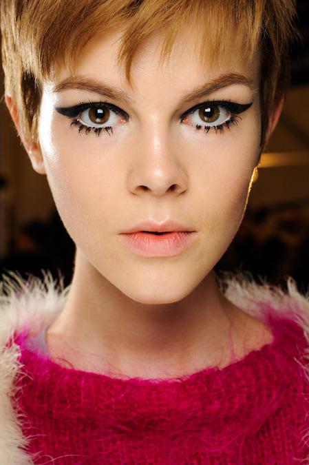 anna-sui-makeup-2013-6