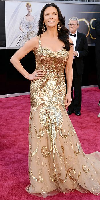 catherine-zeta-jones-oscars-2013