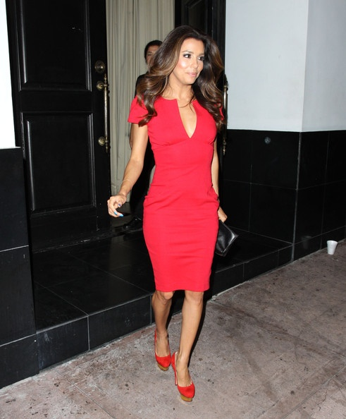eva-longoria-red-dress-valentine's-day