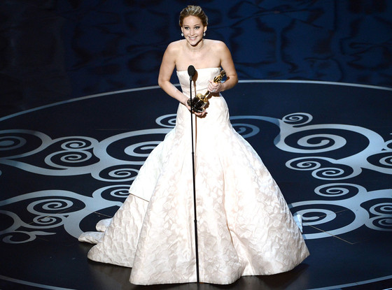 jennifer-lawrence-oscars-2013-winning
