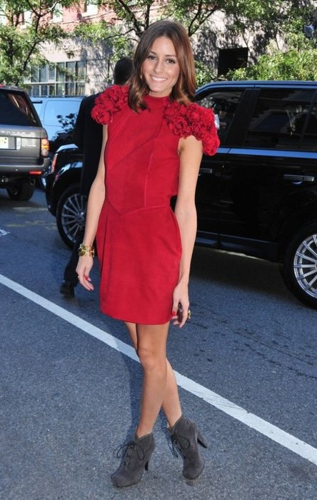 olivia-palermo-red-dress-Valentine's0day