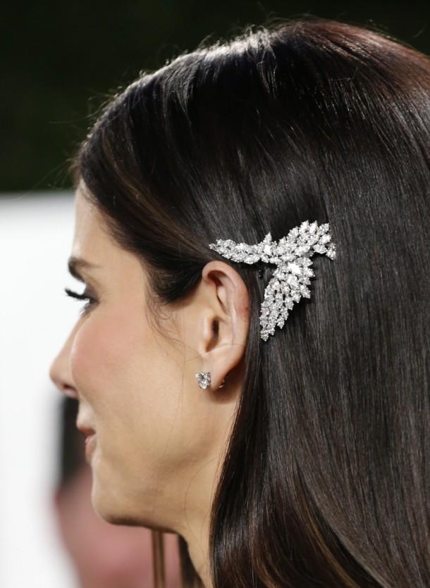 sandra-bullock-oscars-2013-hair-piece