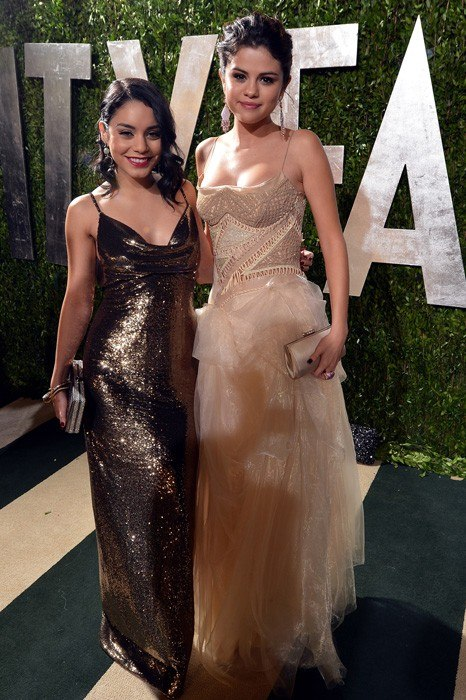 vanity-fair-oscar-party-2013-Vanessa-Hudgens-Selena-Gomez