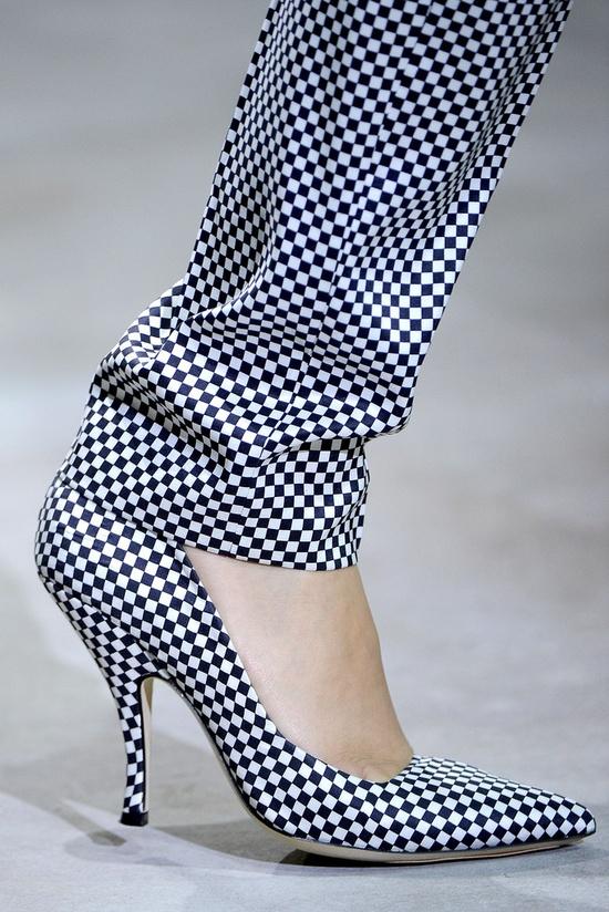 checkerboard-style-heels-pants