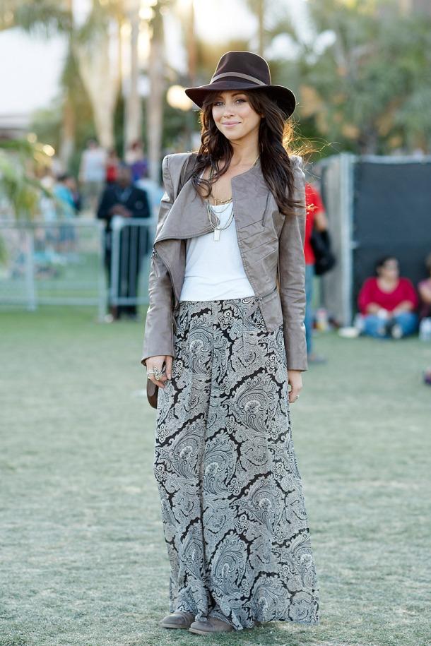 street-style-coachella-maxi-skirt