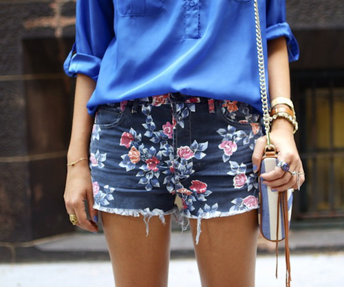 denim-floral-print-shorts