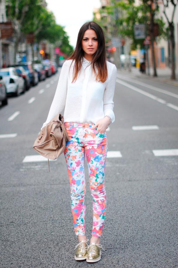 floral-print-pants
