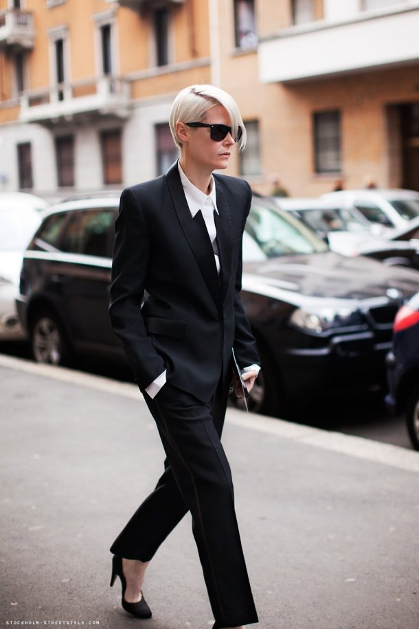 girl-in-suit-street-style