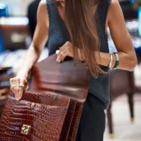 How To Choose The RightBriefcase?