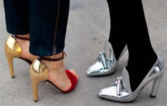 metallic-shoes