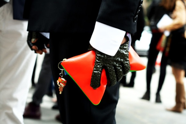 red-clutch-color-pop-street-style