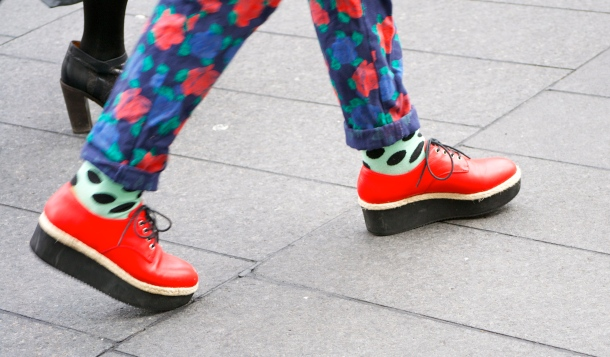 red-creepers-street-style