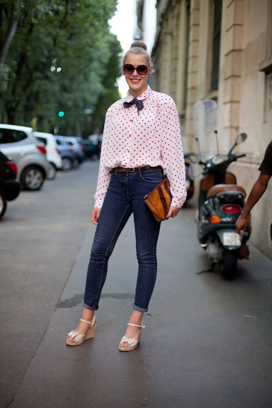 street-style-girls-with bow-ties