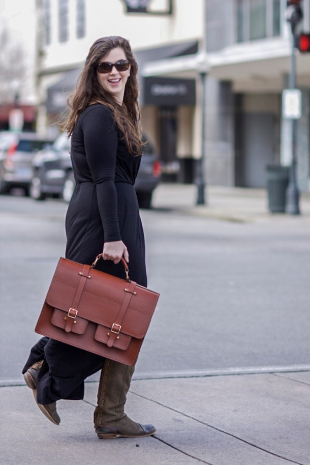 woman-with-man-briefcase=style