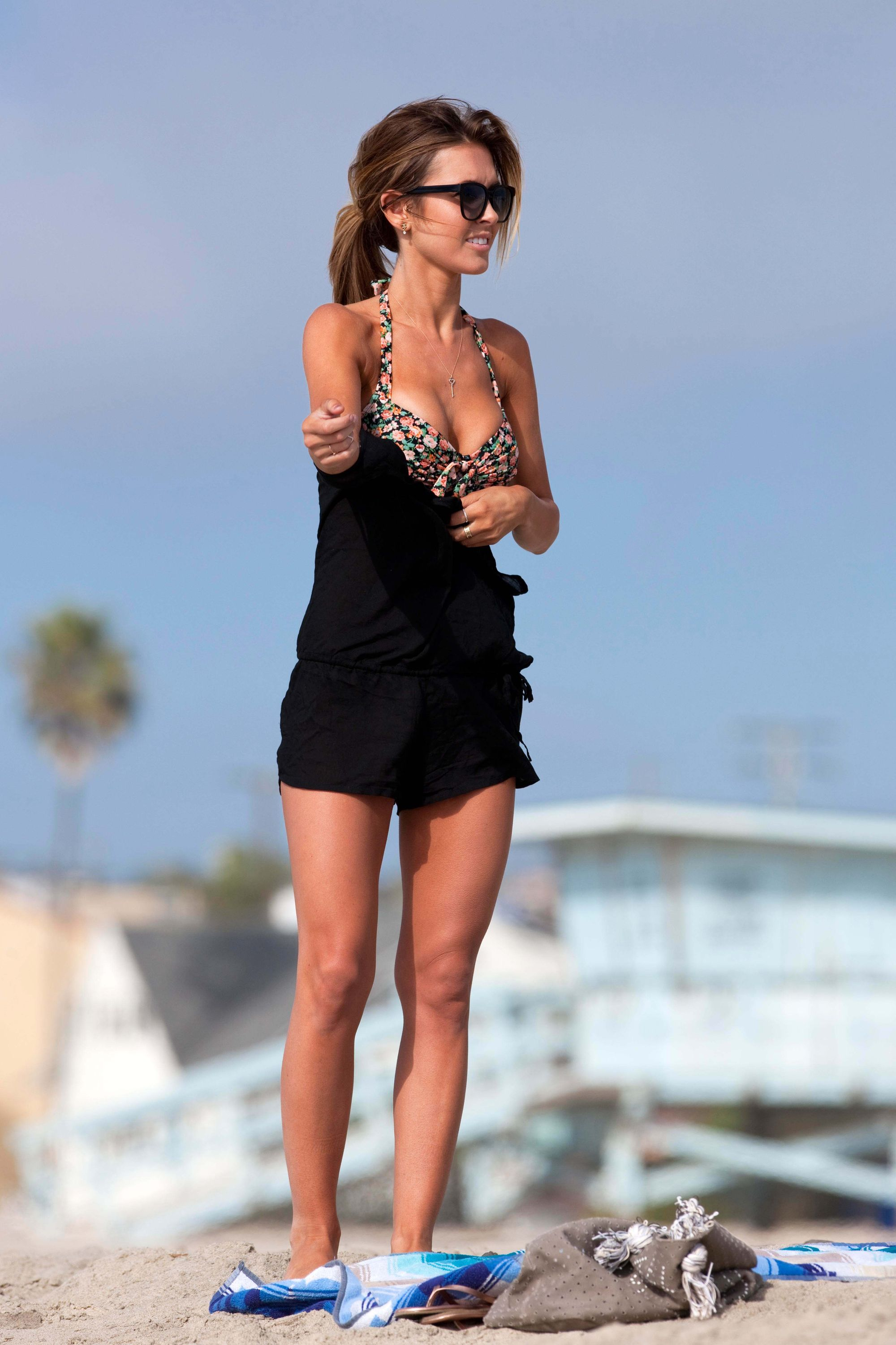Audrina Patridge-beach-black-dress
