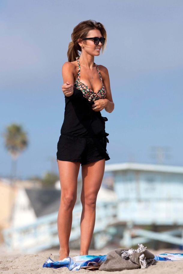 Audrina Patridge-beach-black-dress