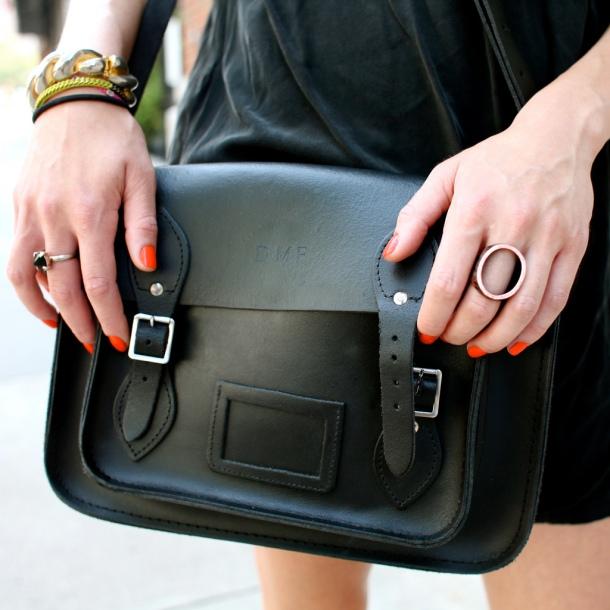 black-trend-accessories