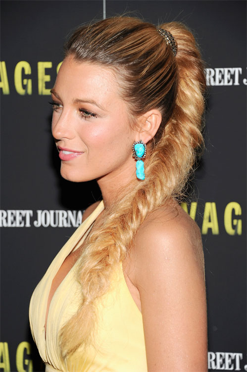 blake-lively-colored-earrings