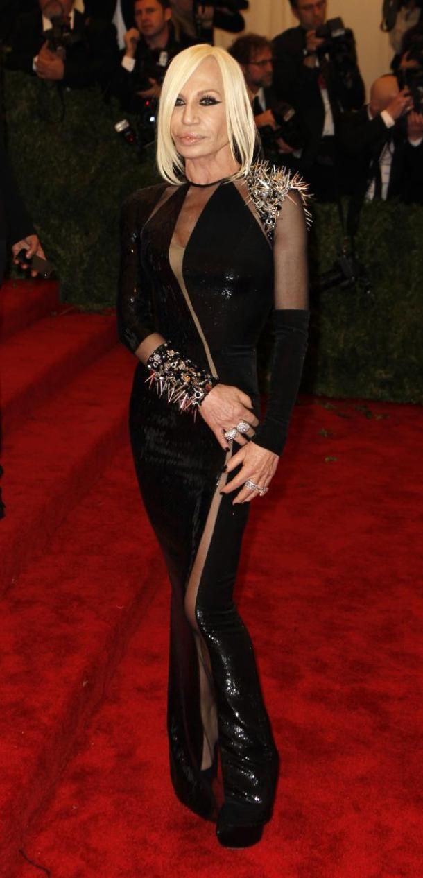 donatella-versace-red-carpet-met-gala-2013
