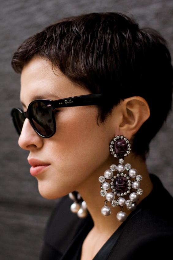 drop-round-statement-earrings