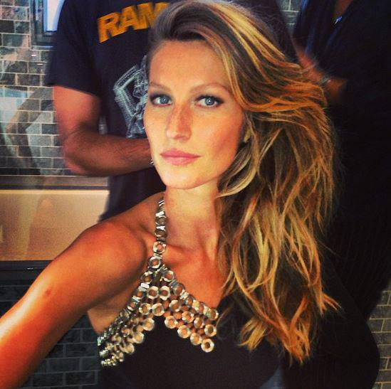 gisele bundchen met gala backstage Punk Party At The Met Gala!