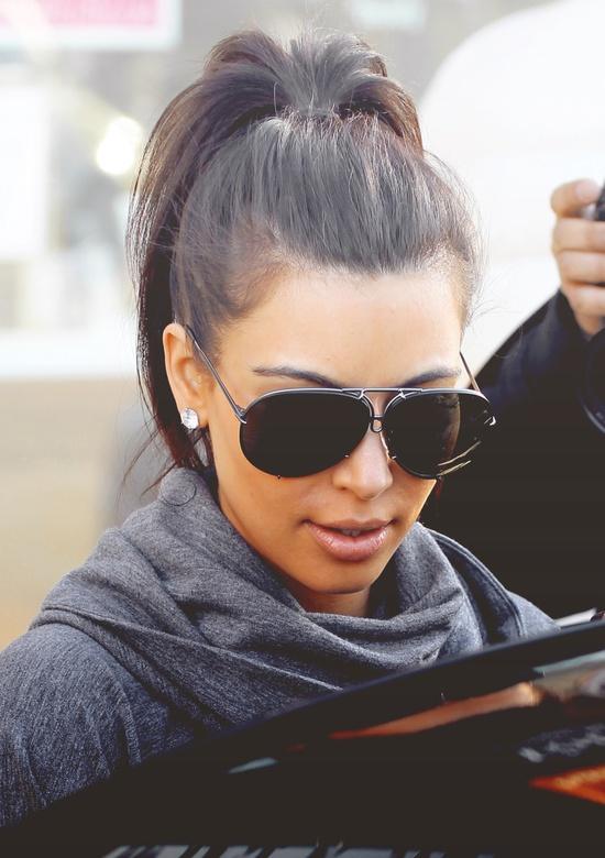 kim-kardashian-high-ponytail
