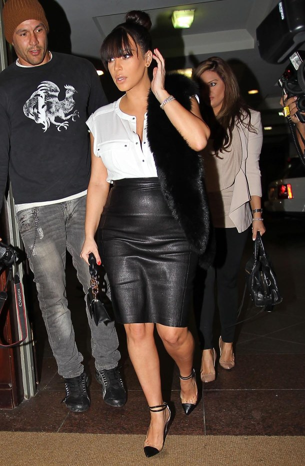 Pregnant Kim Kardashian Visits An Office In Beverly Hills