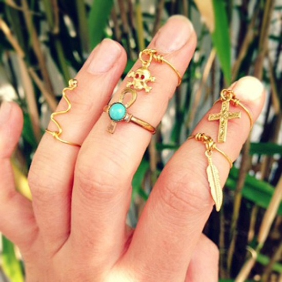 knuckle-rings (2)