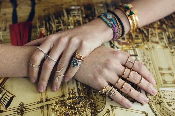 knuckle-rings-look
