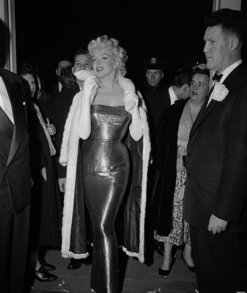 marilyn-monroe-evening-dress