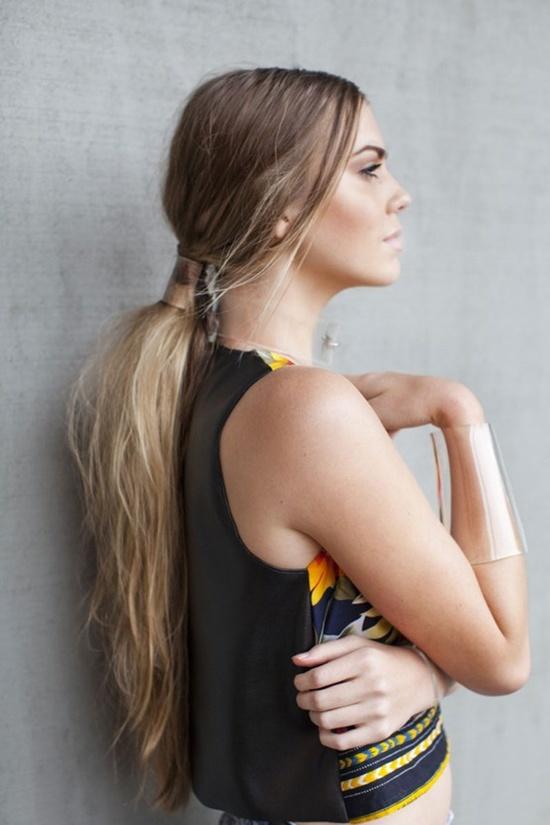 messy-low-ponytail