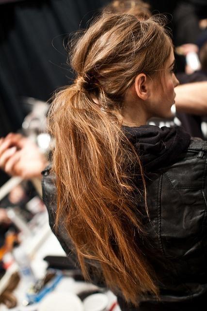 messy-ponytail (2)
