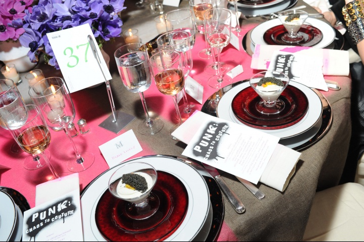 metagala carousel party table setting Punk Party At The Met Gala!