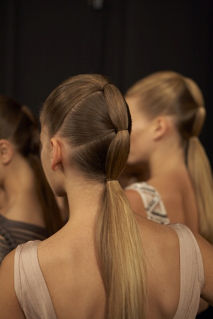 ponytail-style