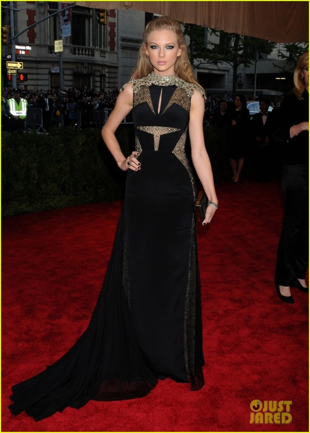 red-carpet-met-gala-2013-taylor-swift