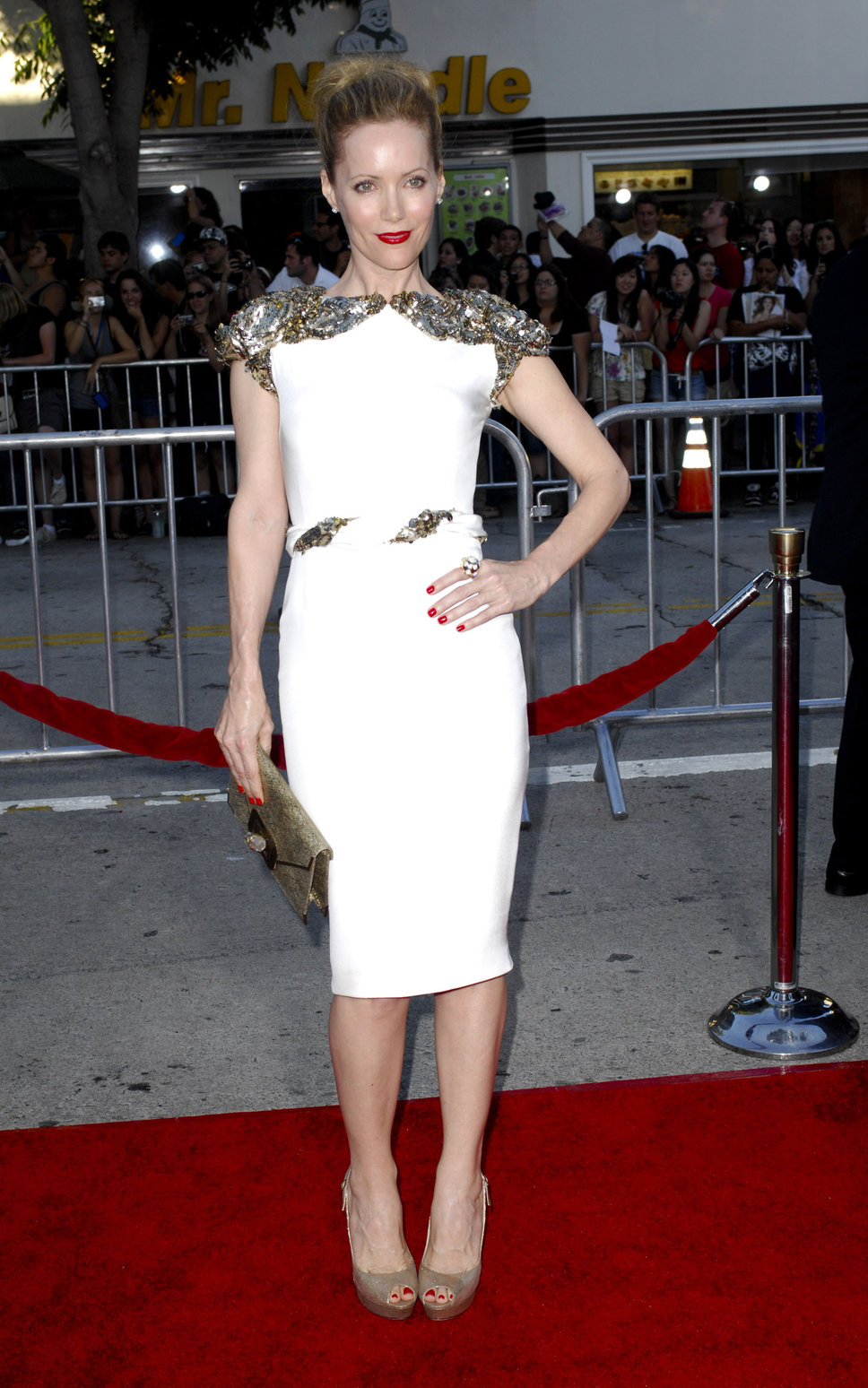 red-carpet-white-dress