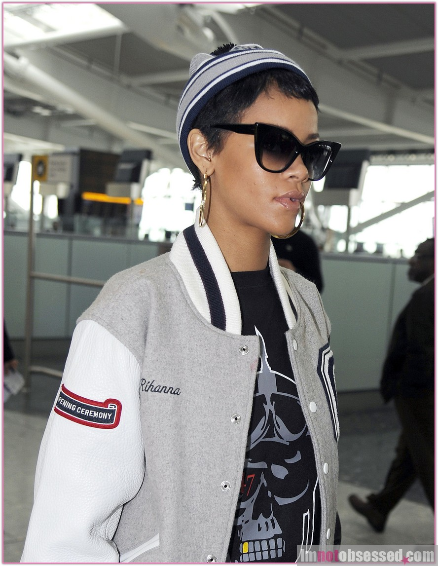 Rihanna Says Goodbye to London