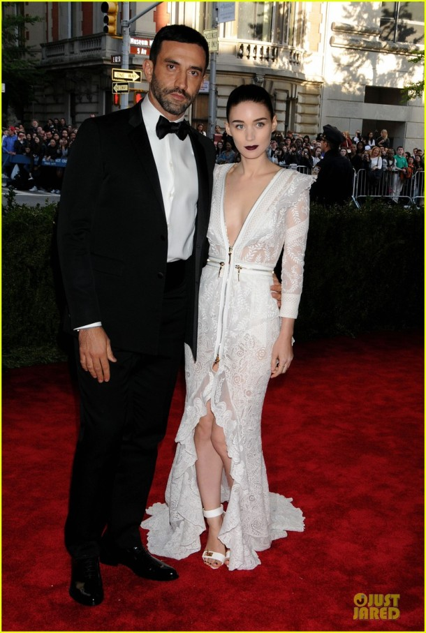 rooney-mara-red-carpet-met-gala-2013