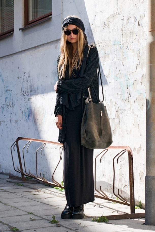 sokak-style-tüm siyah-kıyafet