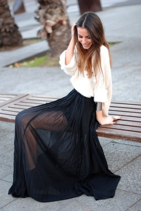 Maxi skirts are voluminous, with wafting, chiffon pleats and bold color-block styles. Shop maxi skirts with ASOS. Outrageous Fortune sequin maxi wrap skirt with front split in black. $ ASOS DESIGN scuba maxi skirt with pockets and godet back detail. $ Needle & Thread tulle maxi skirt .