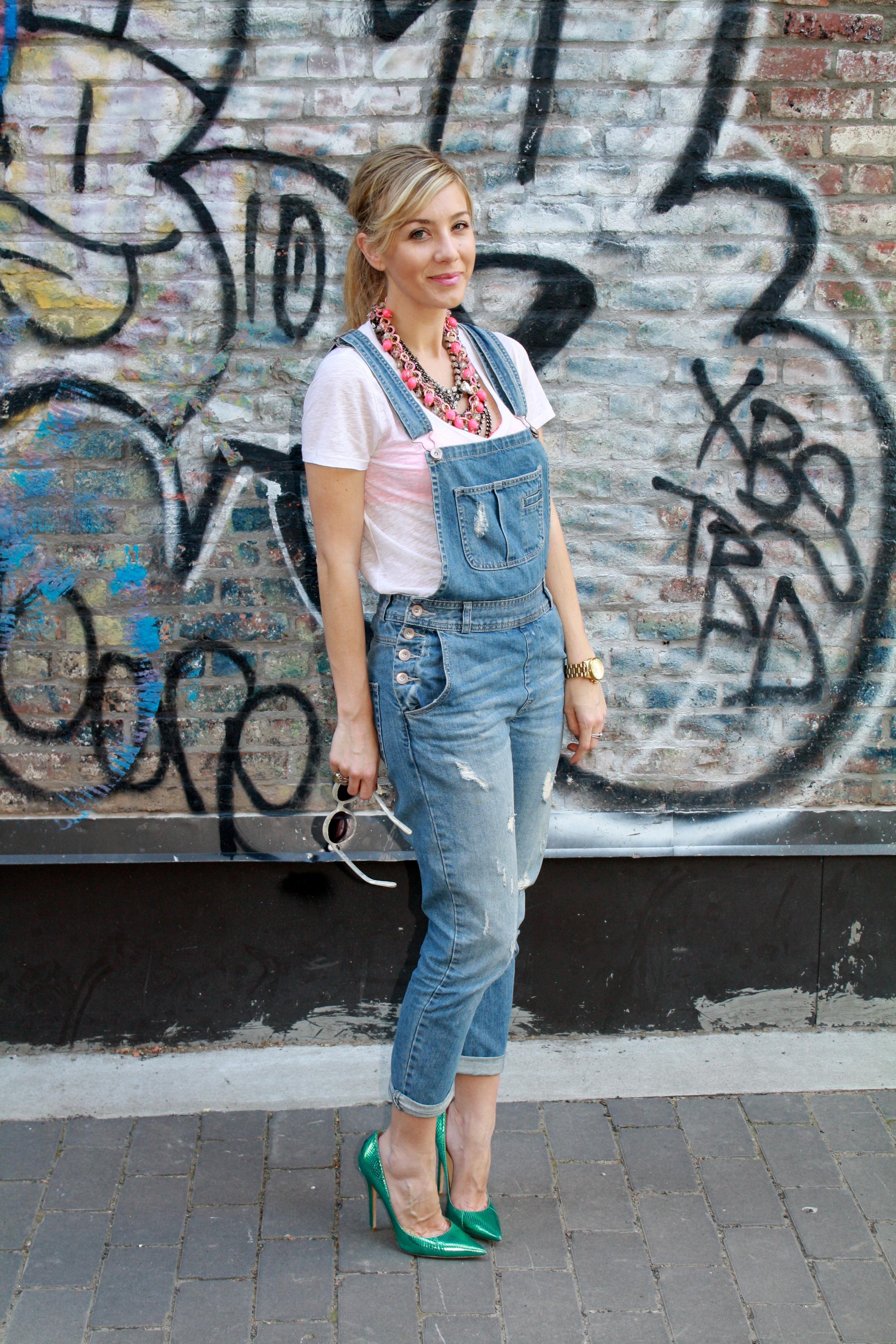 denim-overalls-heels-style