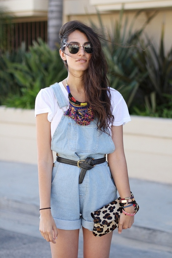 how-to-style-denim-overalls