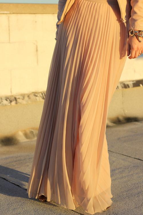 nude-flowy-maxi-skirt