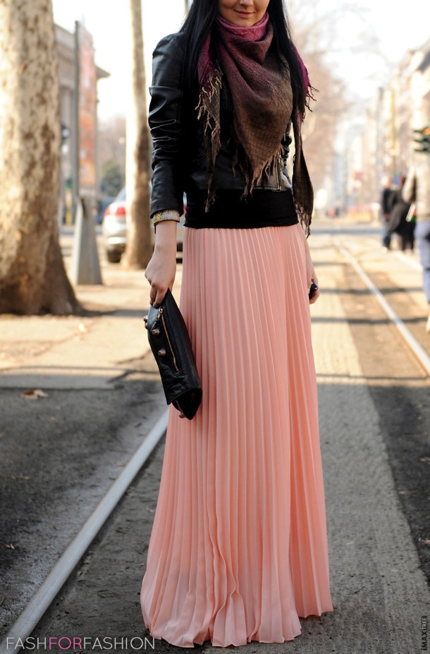peach-maxi-skirt-look
