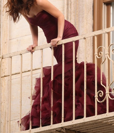 fırfır-elbise-görünüm 2013