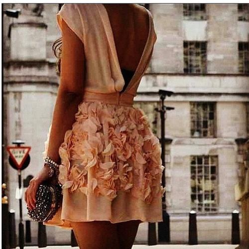 ruffle-dress-look