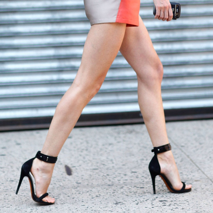 Why Heeled Sandals Are Single (strapped) This Season? | Fashion